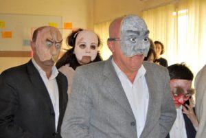 irak_2012_lokalpolitiker_teatermasker_ylvalagercrantz